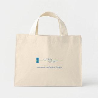 NicKole projeta o saco Sacola Tote Mini