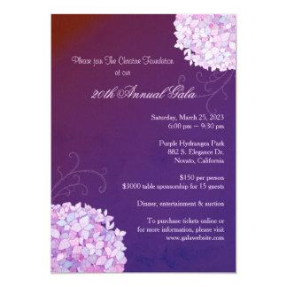Nivelando a gala roxa do anuário dos Hydrangeas Convite 12.7 X 17.78cm