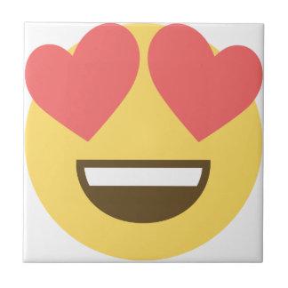 No emoji do smiley do amor