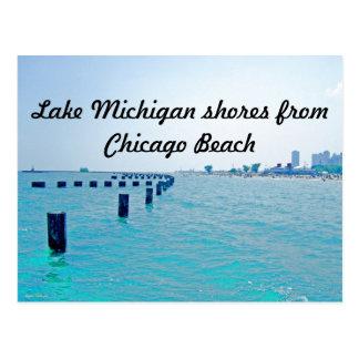 No lago em matiz Azul-Esverdeados Cartão Postal
