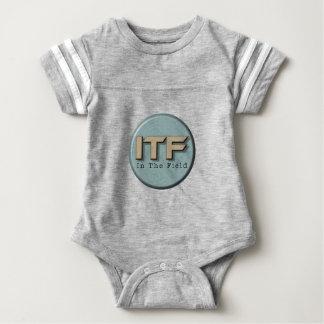 No logotipo de The Field Body Para Bebê