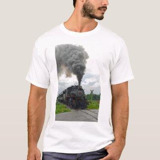 No t-shirt do cruzamento camiseta