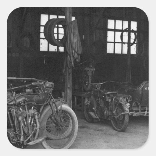 No vintage WWII da garagem Adesivo Em Forma Quadrada