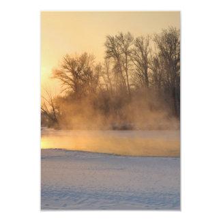 Noite do inverno pelo lago congelado convite 8.89 x 12.7cm