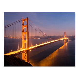 Noite no cartão de golden gate bridge