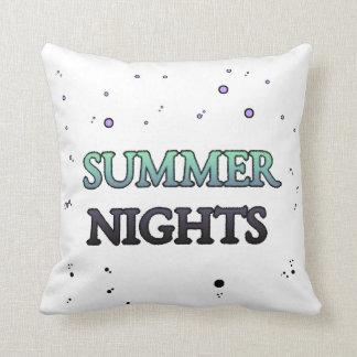 Noites de verão nas bolhas travesseiro de decoração