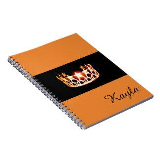 Nome alaranjado do costume do caderno da coroa da