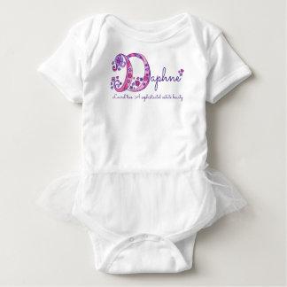Nome das meninas de Daphne & significado da camisa