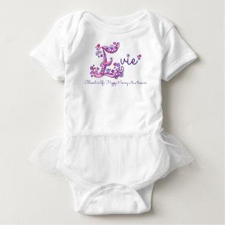 Nome das meninas de Evie & significado da camisa