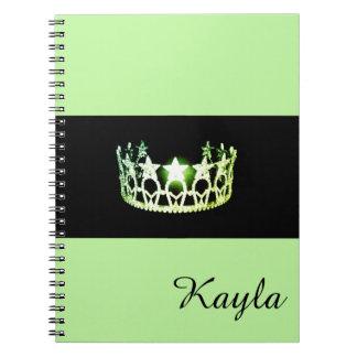 Nome do costume do caderno da coroa do verde do