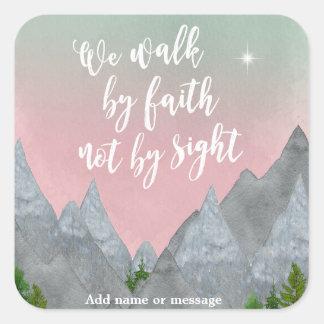 Nós andamos pela fé não pela etiqueta da bíblia da