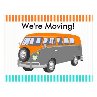 Nós estamos movendo-nos, cartão retro da camionete