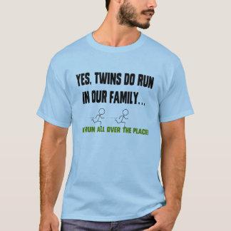 Nós funcionamos todos os lados! camiseta