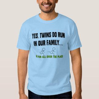 Nós funcionamos todos os lados! t-shirts