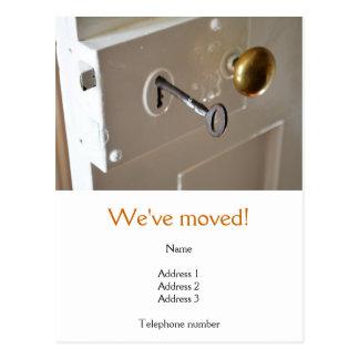 Nós movemos o cartão com uma porta velha &