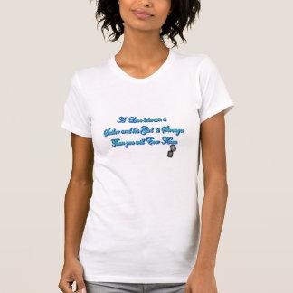 Nós temos um amor do marinho camisetas