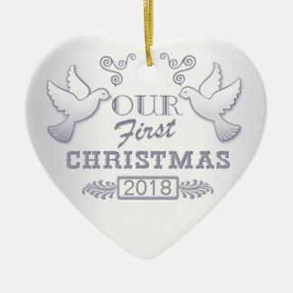 Ornamento De Cerâmica Nosso ornamento cerâmico dos primeiros Lovebirds