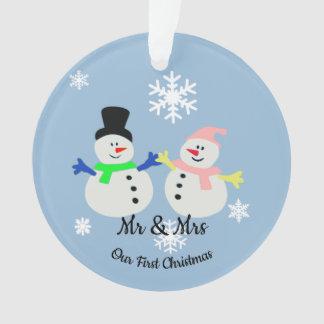 Nosso primeiro ornamento do casal da neve do Natal