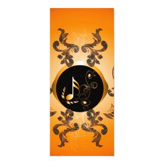 Notas chaves douradas com elementos florais convite 10.16 x 23.49cm