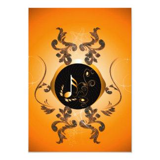 Notas chaves douradas com elementos florais convite 12.7 x 17.78cm
