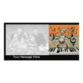 Notas musicais da música do piano do diabrete do d cartão com foto