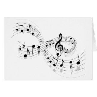 Notas musicais em uma linha de funcionarios cartoes
