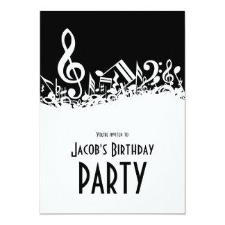 Notas musicais misturadas customizáveis preto e convite personalizados