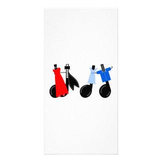 Notas musicais que vestem a roupa cartão com foto