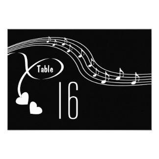 Notas musicais que Wedding o cartão do número da m Convite Personalizado