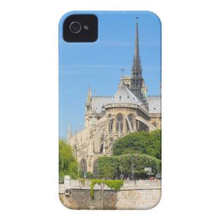 Notre Dame em Paris Capa Para iPhone