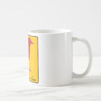 numérico numérico do passarinho caneca de café