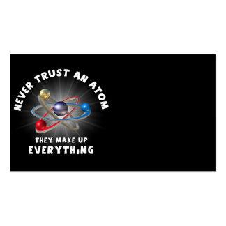 Nunca confie o átomo cartão de visita
