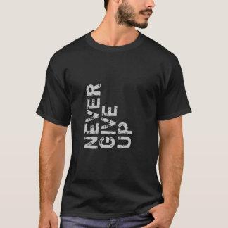 Nunca dê acima a camisa inspirada
