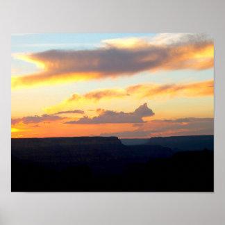 Nuvem do gato do poster no Grand Canyon