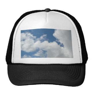 Nuvens a personalizar com seu texto boné