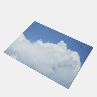 Nuvens brancas macias tapete