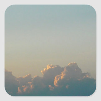 nuvens em romania adesivo quadrado