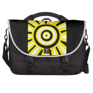 O amarelo brilhante circunda o saco do laptop da bolsa para laptop