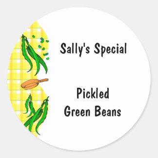 O amarelo dos feijões verdes verifica etiquetas de