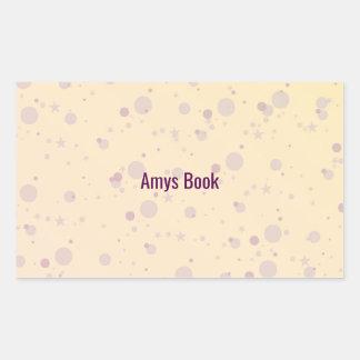 O amarelo e a lavanda polvilham estrelas adesivo retangular
