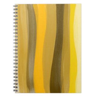 O amarelo protege o caderno