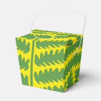 O amarelo verde da folha remove a caixa do favor