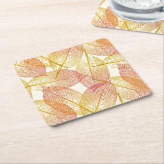 O amarelo vermelho do ouro deixa o teste padrão da porta-copo de papel quadrado