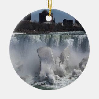 O americano cai em Niagara Falls 20140406IMG_65 Ornamento De Cerâmica Redondo