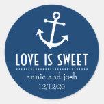 O amor da âncora do barco é as etiquetas doces adesivos redondos