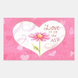 O amor das etiquetas do coração está no ar