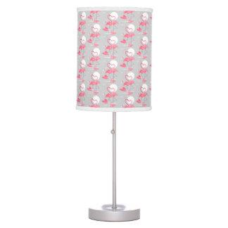 O amor do flamingo telhou a lâmpada
