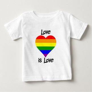 O amor é amor camiseta para bebê