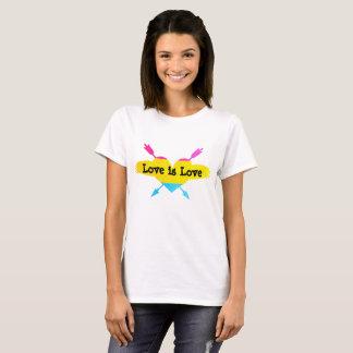 O amor é camisa Pansexual do amor
