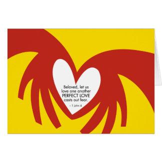 O amor molda para fora o medo - cartões de